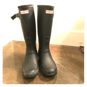 Hunter Huntress Boots